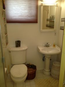 Manhattan Beach apartment rental - Bathroom with walk-in shower attached to 2nd Bedroom