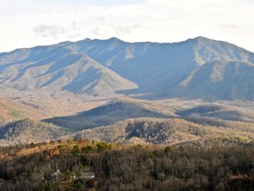 Gatlinburg CHALET Rental Picture