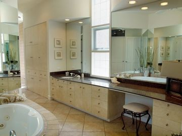 Master Suite has Jetted Tub, Indoor & Outdoor Shower, Bidet