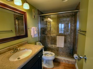 St Pete Beach condo photo - Modern newly rennovated master bathroom.