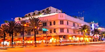 The Bentley Hotel On Ocean Drive and 5th