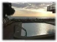 IMMACULATELY RENOVATED DIRECT GULF FRONT BEACH CONDO/POOL, KING BED! SLEEPS 4!