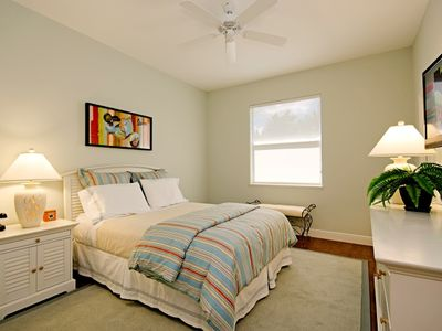 Guest Room with Queen Bed and 37 inch LED TV