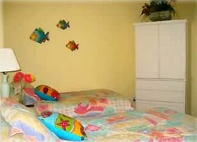Guest suite; perfect for the kids with 2 twin beds.