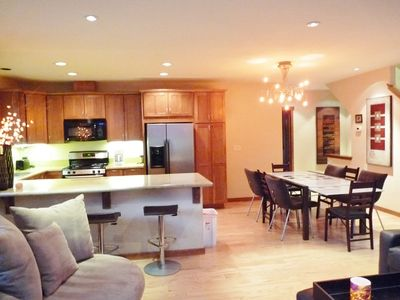 Fully Equipped Gourmet Kitchen and Dining Room with Seating for 10-11