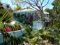 The Tree House - a Cozy Peaceful Nest for Your Exuma Adventure