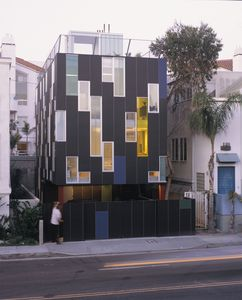 Los Angeles house rental - The Vertical House with roof top deck
