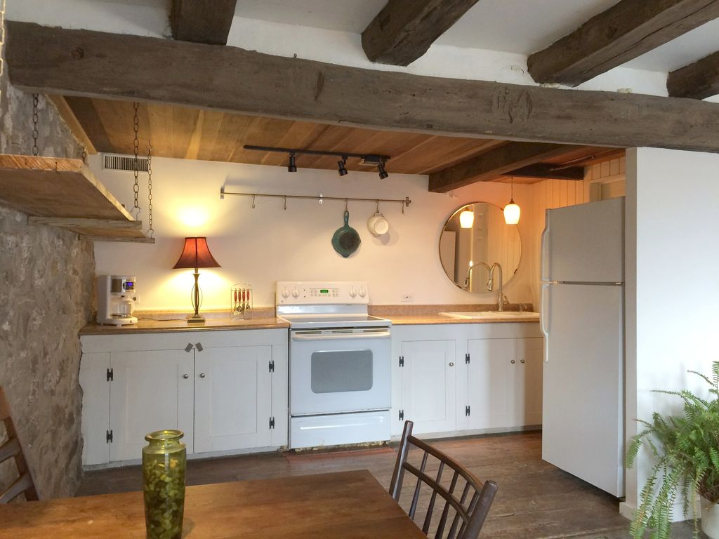 Historic Renovated Barn Apartment And Loft Space In Beautiful ...
