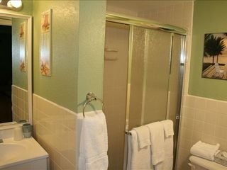 Deerfield Beach condo photo - Master Bath