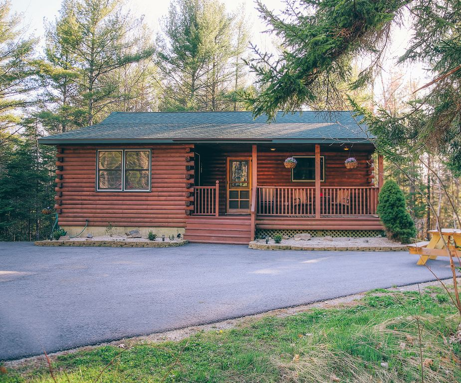 Picture Perfect Bar Harbor Log Cabin Set Vrbo