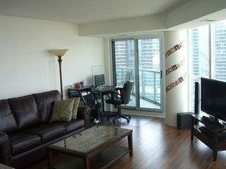 Toronto condo photo - Lots of room to relax...