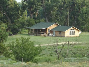 Penokee chateau / country house rental - Beautiful seculded cabin within 5 minutes walking distance from main house.
