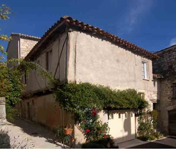 Accommodation near the beach, 52 square meters, , Montcuq, France