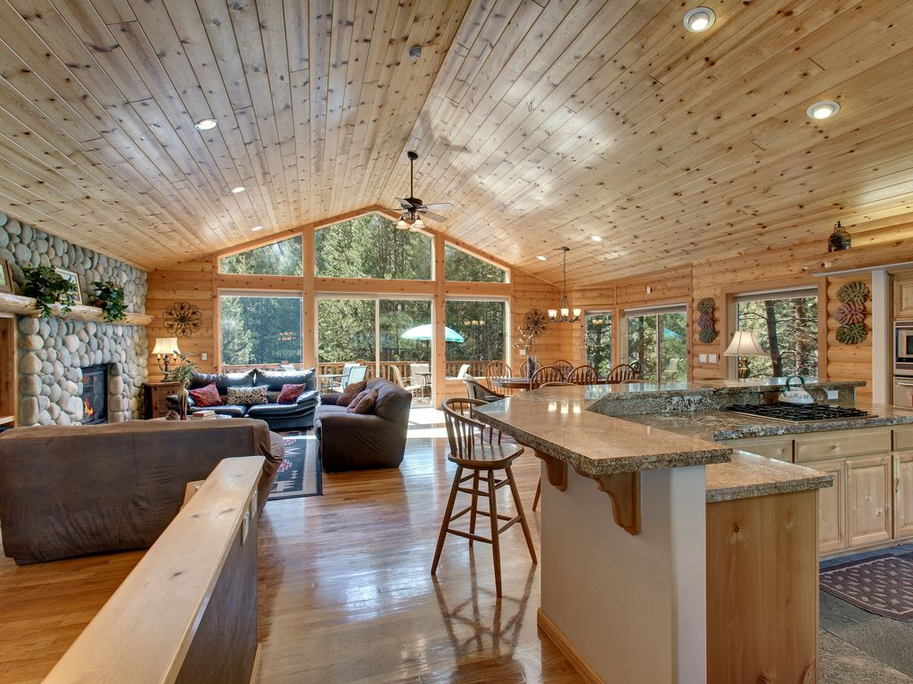 Mountain Log Home At Home In The Mountains Sauna