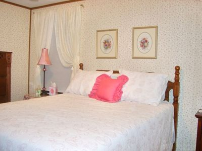 Master bedroom (a queen) has a large bath, walk in closet and 27 inch TV