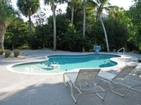 Private, Recently-Furnished House with Heated Pool, Near Beach