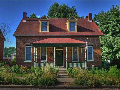 Built in 1872 with all of the modern upgrades located downtown location location