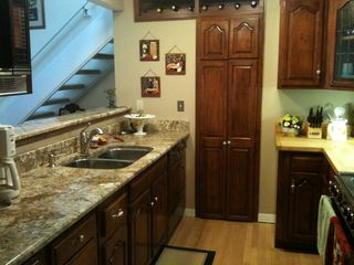 Warren condo photo - Kitchen with granite counters