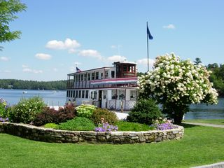 Sunapee house photo - Lake tour and dinner boat 2 minute walk from the house