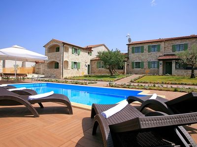 image for Detached house consisting of three apartments, large garden, pool and jacuzzi