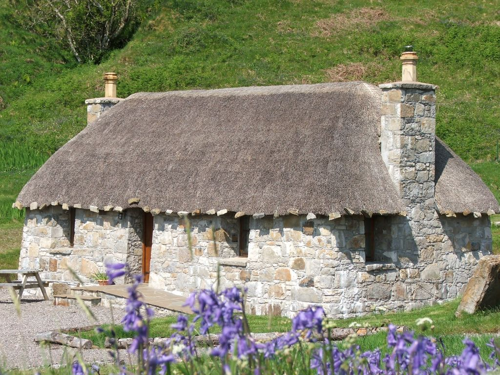 Stone Built Thatched Hebridean Cottages Homeaway Isle