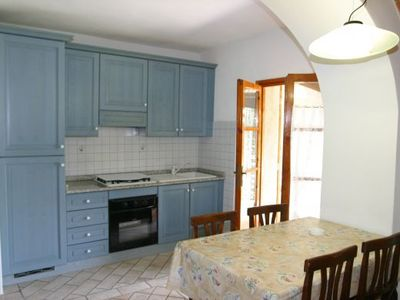 Two Bedroom Ground Floor Apartment San Gimignano<br /><br /><b>Henry, is a very pretty apartment on a lovely estate </b>