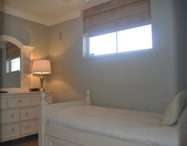 Deerfield Beach condo rental - Bedroom 4 - Twin Bed with Trundle