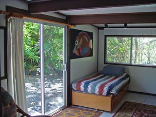 Kapoho house photo - 1st floor bedroom (2 twin beds)