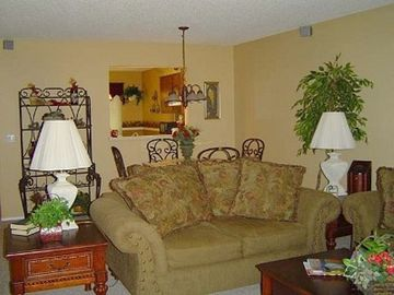 Hot Springs Village townhome rental - Living Room