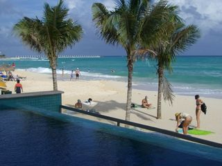 Playa del Carmen condo photo - People watching from the beachside pool!