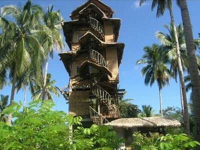 image for WOODEN CONSTRUCTION TOWER-FARMHOUSE