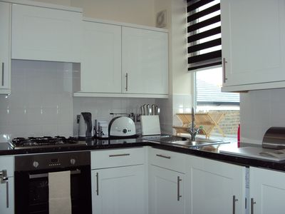 Beautifully equipped apartments 15 Minutes from Central London - Apartment Two