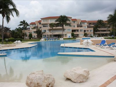 Puerto Aventuras condo rental - View of the magnificent pools