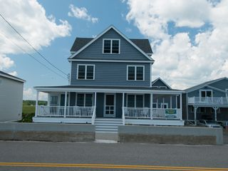 Oceanfront Getaway With Spectacular Views 4 Br Vacation
