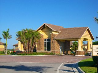 North Naples condo photo - Main Gate