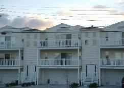 Wildwood condo photo - Large Top FLoor Middle Unit large furnished deck & Grille Overlooking NW & Rides