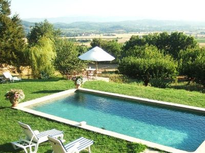 house for 3 people in Provencal farmhouse in Lacoste in the heart of Provence and