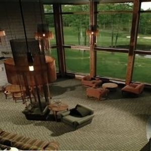 Cedar River Lodge Lobby