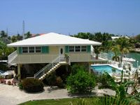 'Key Lime House' ~ Private Pool, Dockage, Luxury Single Family Home