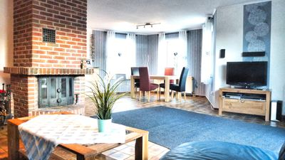 Spacious, tastefully furnished ground floor apartment, central location, pets allowed