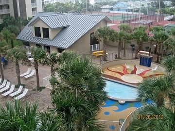 Kiddie Pool, Arcade & Grilling Area