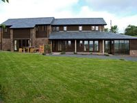 BUSHMILLS, family friendly, with a garden in Abbey Dore, Ref 5465