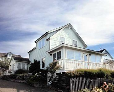 Oceansong Vacation Rental located in the heart of Mendocino Village.