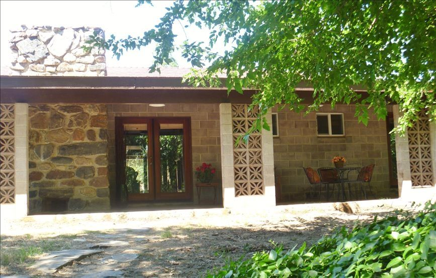 Large affordable retreat near kings vrbo for Cheap cabin deals in sequoia