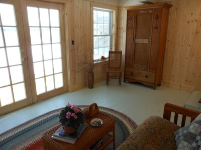Cushing cottage rental - Living room