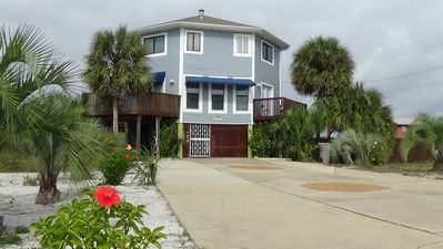 Beautiful Vacation Beach House With Heated Pool Hot Tub Large Wrap Around  Deck