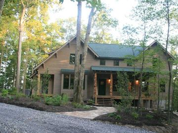 Fayetteville house rental - The Paddle House - Luxurious Rentals on the Rim of the New River Gorge