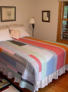 Room 2 - Queen Bed - Chattanooga TN Vacation Rental