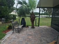Beautiful Fishing Lake Front Home, Close To Beaches And Theme Parks, Sleeps 6.