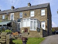ROSE COTTAGE, family friendly, with a garden in Wilsill , Ref 4421